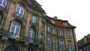 Repräsentativ: Sitz der Geschäftsstelle der Historischen Kommission im Erbdrostenhof.